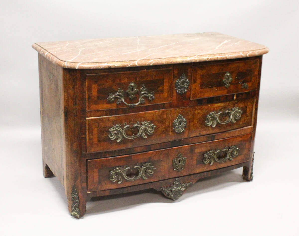 A Superb 18th Century French Kingwood/Fine Auctioneers and Valuers