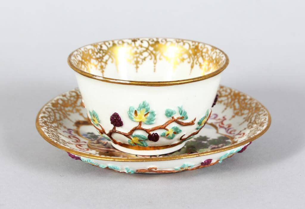 An 18th century Meissen porcelain tea bowl and saucer/Auctioneers and Valuers