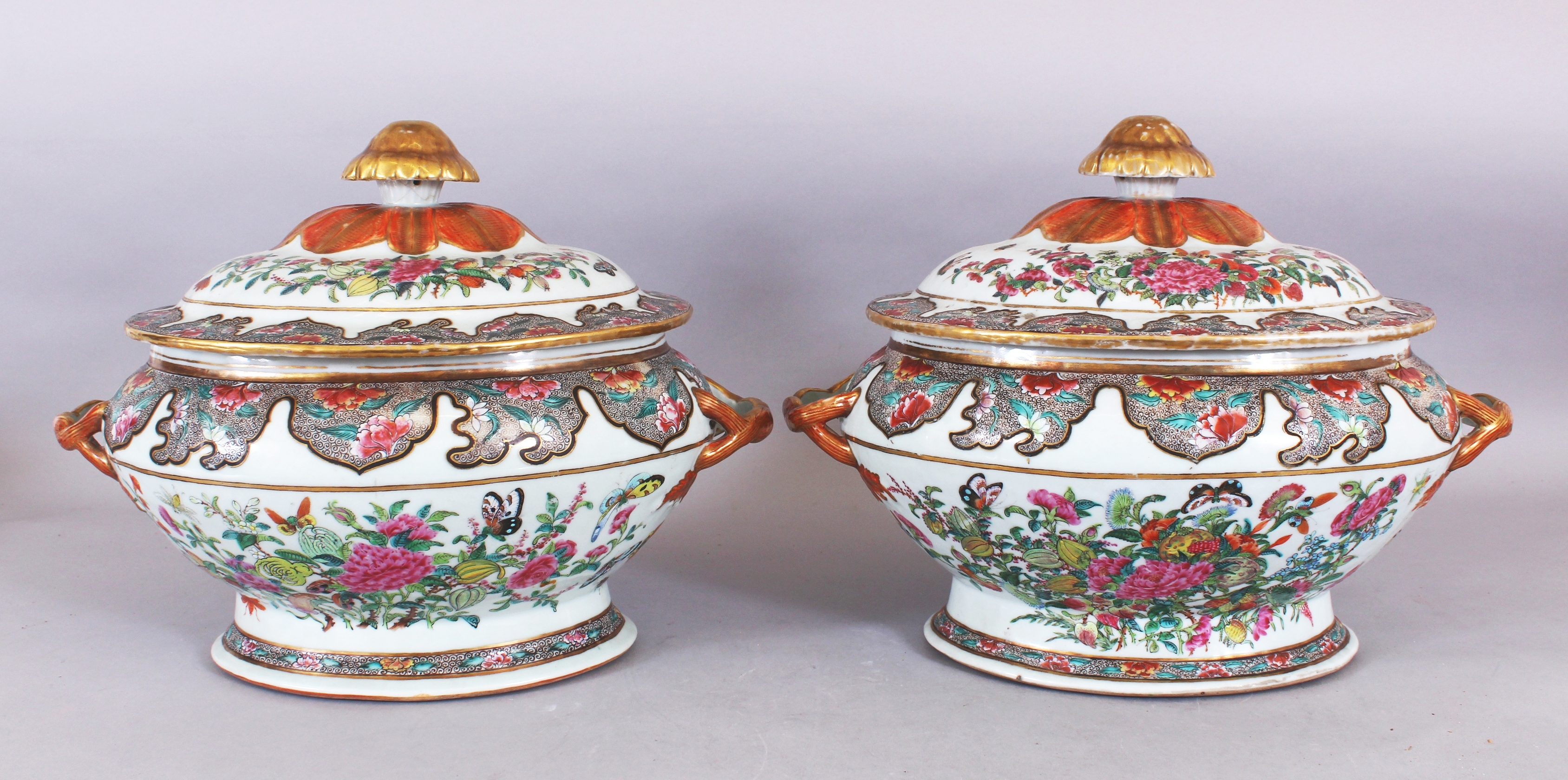 A good pair of early/mid 19th century Chinese Canton Famille Rose porcelain tureens /Auctioneers and Valuers