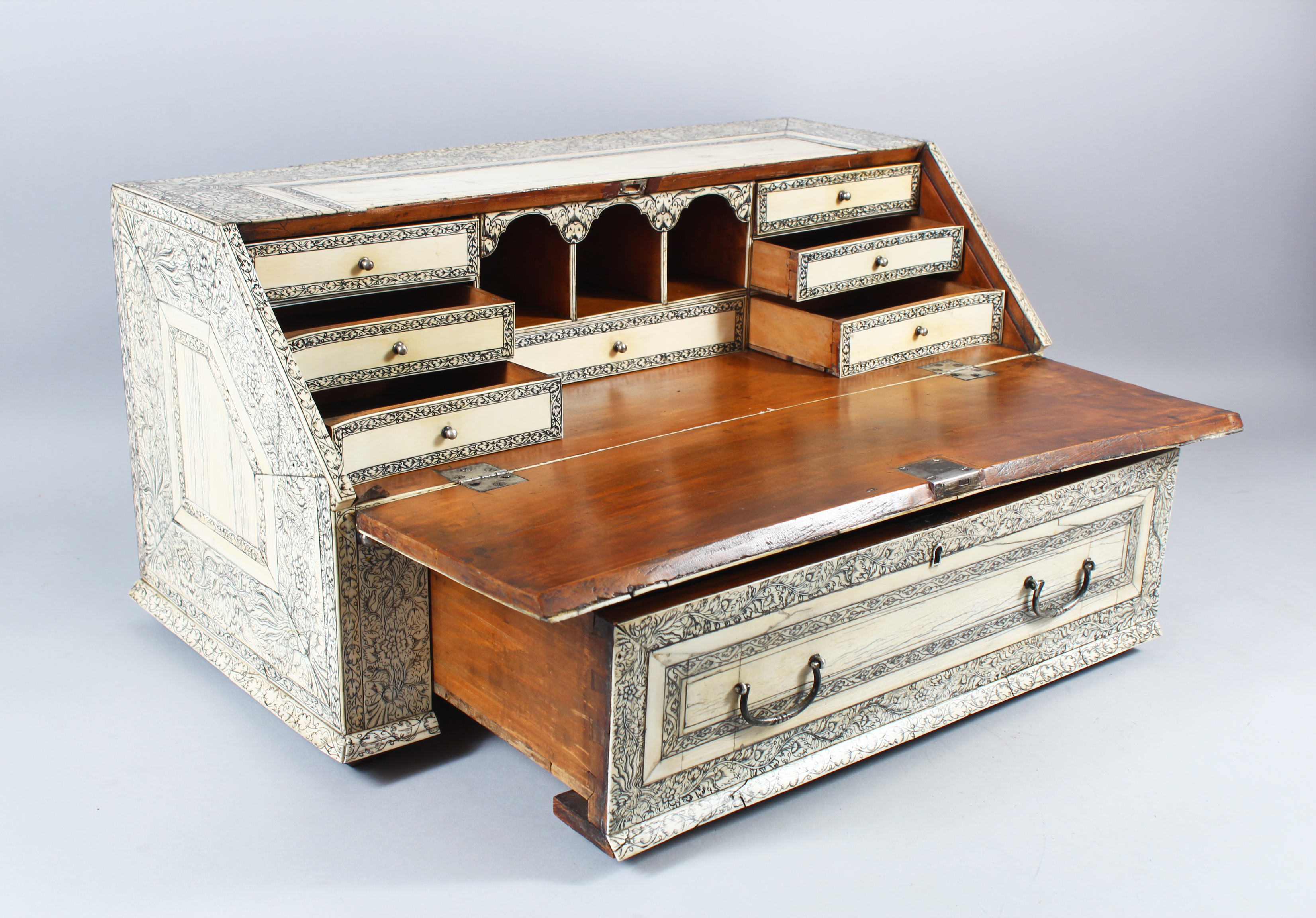 A superb 18th Century Anglo Indian Vizagapatam etched ivory table bureau/Auctioneers and Valuers