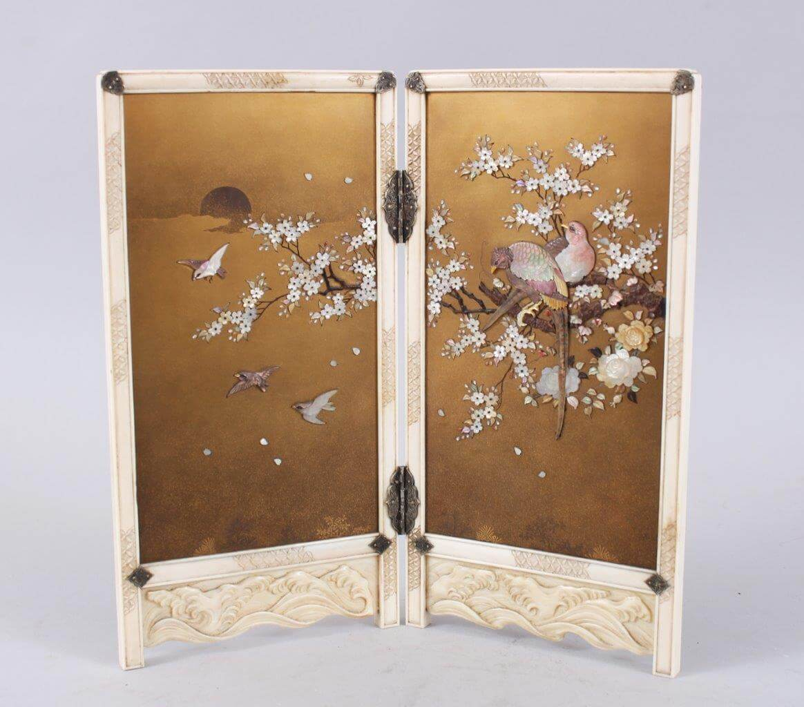 A Japanese Meiji Period Carved Ivory and Shibayama Table Screen/Auctioneers and Valuers